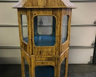 Mid Century RARE Rattan Fish Aquarium, three seperate pieces, top and bottom, holds  appox. 30 gallons of water each. Roof top comes off and  has door hatch that  opens for feeding fish.  Bottom also has a small window hatch for feeding. Pristine condition  $ 1,500.00 WE HAVE BIDS ALREADY, DON'T WAIT TO LONG