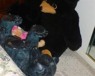 BEAR TABLE AND A STUFFED BEAR