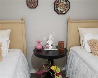 pedestal table, antique glassware