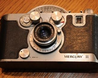 VINTAGE UNIVERSAL MERCURY II 35mm FILM CAMERA