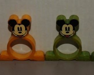 4 RARE NM BAKELITE MICKEY MOUSE NAPKIN RINGS