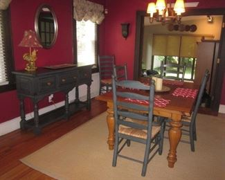 Huffman Koos Dining Room Suite With Buffet