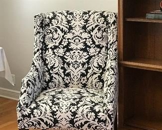 Set of 2 Black and white decorative chairs