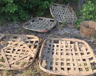 Authentic tobacco baskets