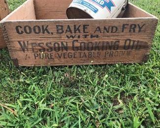 Wesson oil box