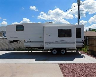 2001 Sportsman Model 2457 with double slide outs and galley kitchen. Fully loaded and extremely well maintained.