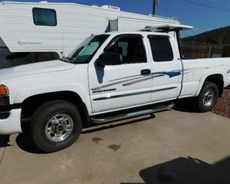 2003 DuraMax 2500 diesel with extra 80 gallon gas tank.  Excellent condition.