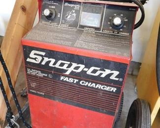 Snap-on fast charger model YA167B. Working.