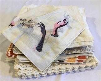Antique/Vintage Handkerchief (32Pcs) https://ctbids.com/#!/description/share/209642