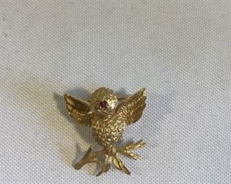 14K Golden Bird Pin With Red Stone Eye https://ctbids.com/#!/description/share/209704