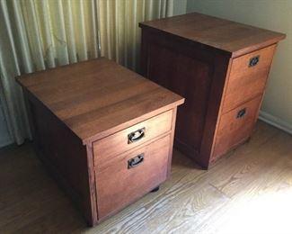 Two Wood File Cabinets (2Pcs) https://ctbids.com/#!/description/share/209644