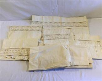 Vintage Curtain Valences (11Pcs) https://ctbids.com/#!/description/share/209649