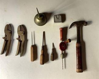 Vintage Tools (9Pcs) https://ctbids.com/#!/description/share/209456