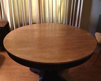 Antique/Vintage Wood Hawthorne Table https://ctbids.com/#!/description/share/209781