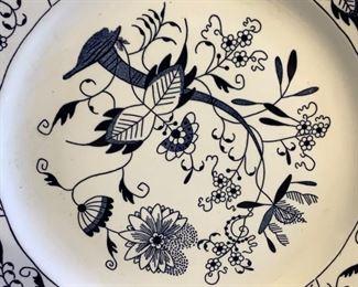 Vintage Blue Floral China Set (65Pcs) https://ctbids.com/#!/description/share/209798