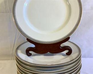 Vintage China Set, H&Co Selb Bavaria (40Pcs) https://ctbids.com/#!/description/share/209799