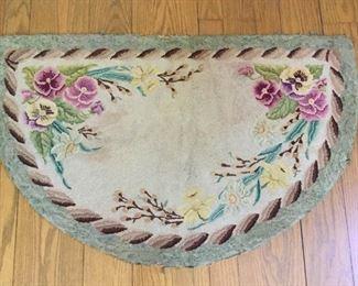 Handmade Vintage Half Circle Rug Floral https://ctbids.com/#!/description/share/209605