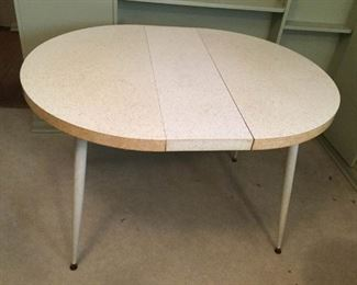 MCM Table with Formica Top https://ctbids.com/#!/description/share/209687