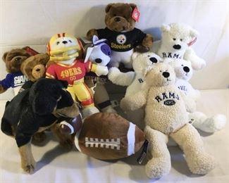NFL Football Team Plush Items (11Pcs) https://ctbids.com/#!/description/share/209626