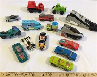 Vintage and/or Collectable Toy Cars (15Pcs) https://ctbids.com/#!/description/share/209629