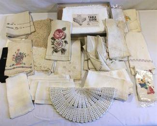 Antique/Vintage Dining Linens (31Pcs) https://ctbids.com/#!/description/share/209638