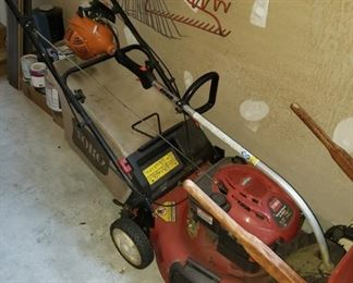 18 Lawn Mower and Lawn Tools