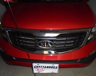 Kia Sportage SUV  2010 Red/cloth seats/no rips or stains/auto/cold a/c/am-fm/sirius/cd/26,778 miles/tilt/cruise/hands free navigation/back up camera/pwr windows & door locks/pwr mirrors