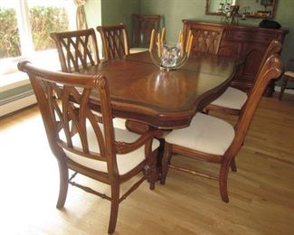 Chris Madden J C Penny's Dining Room Suite