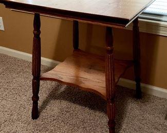 Oak lamp table with shelf