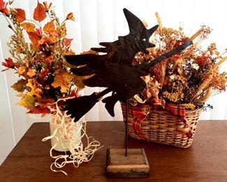 More fall & Halloween decor