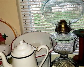 Enamel items & kerosene lamp