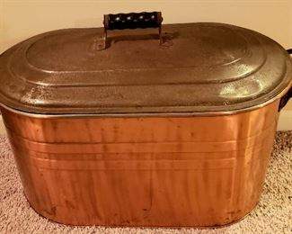 Copper wash boiler with lid