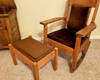 Rocker & foot stool