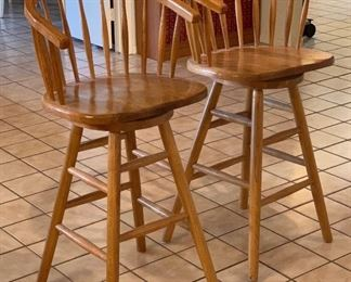 2 Swivel Bar stools PAIR	41x19x19in 30in Seat Height