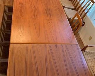 Arne Vodder Sibast Danish Modern Teak Dining Table Draw Leaf29x39x55-96in HxWxD