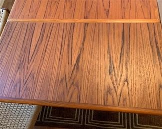 Arne Vodder Sibast Danish Modern Teak Dining Table Draw Leaf	29x39x55-96in HxWxD