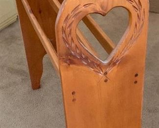 Country Heart Blanket rack
