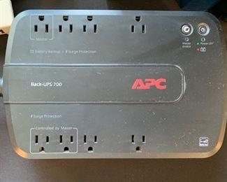 APC Back-UPS 700 Battery Supply