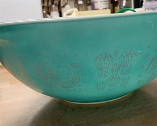 Pyrex Amish Butterprint Lg Bowl