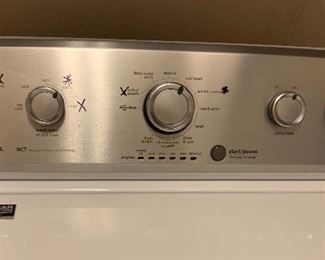 Maytag 3.6-Cu ft Top Load Washer MVWC415EW1	44x27x26in	HxWxD