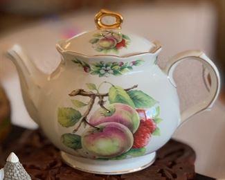 Sadler England teapot