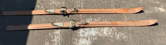 Antique Paris Hickory Snow  Skis