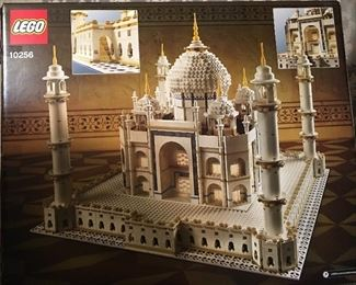 LEGOS brand new sealed in the box Taj Mahal # 10256
