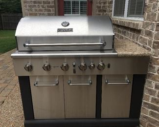 Fantastic Master Forge grill, you will be the envy of your Labor Day get together with this!