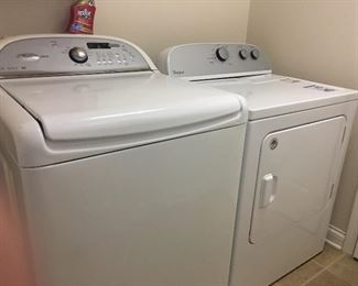 Very nice Whirlpool washer and dryer set