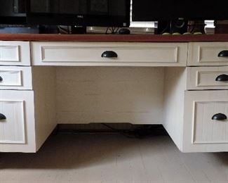 WHITE DESK WITH WOODEN TOP