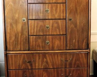 DREXEL MID CENTURY CAMPAIGN STYLE GENTLEMAN'S CHEST WITH RECSSED BRASS HARDWARE