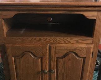 Nice oak TV stand