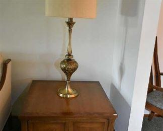 END TABLE, VINTAGE LAMP