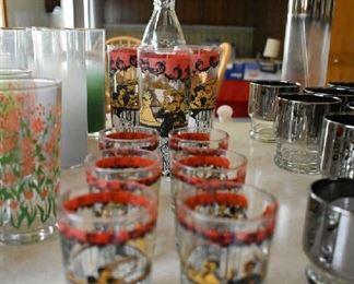 VINTAGE GLASSWARE (SORRY BLURRY)